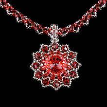 Náhrdelníky - Koralovo-strieborný náhrdelník so SW príveskom - 8133216_