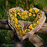 Dekorácie - Venček na dvere - srdce - sušené kvety - 8134520_