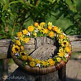 Dekorácie - Venček na dvere zo sušených kvetov - 8136056_