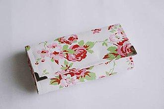 Peňaženky - Peňaženka ruže na bielom - 8142574_