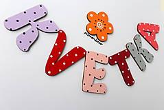 KVETKA s kvietkom, farebné písmenká z dreva