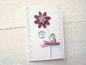 Papiernictvo - pohľadnica k sviatku - 8143044_