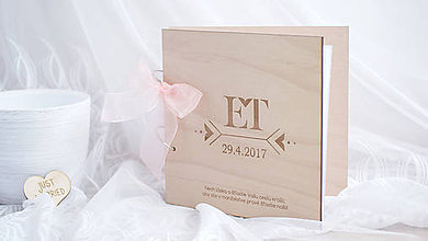 Papiernictvo - Drevena svadobná kniha hostí - 8154371_
