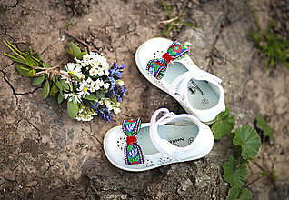 Detské doplnky - Folk klipy na topánky nie len pre detičky - 8156891_