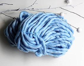 Galantéria - Superhrubá pletacia priadza Ľadová modrá vlna 250g - 8156378_