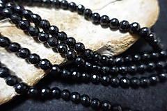 Minerály - Turmalín čierny fazetovaný 8mm - 8158865_