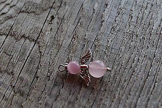 Iné šperky - prívesok anjelik - ruženín 1 - 8161562_