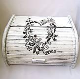 Nádoby - Drevený chlebník- Srdce domova - 8164164_