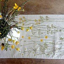 Úžitkový textil - Štóla na stôl - zakvitnutá lúka - 8163169_