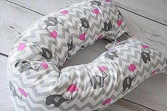 Textil - Medzinožník - valec na dojčenie sivý chevron s cyklamenovými sloníkmi - 8167043_