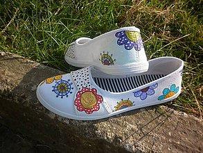 Obuv - farebné kvety - 8177124_