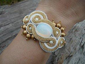 Náramky - Soutache Svadobný náramok Luxury White Opal&Gold - 8182458_