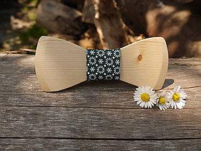 Doplnky - Drevený handmade motýlik vzorovaný - 8179597_