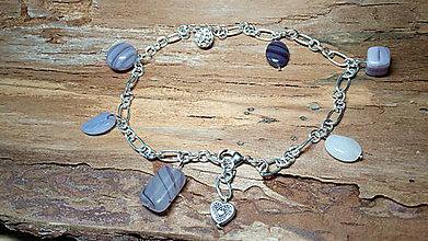 Iné šperky - Náčlenok retiazkový s fialovými korálkami - 8181909_