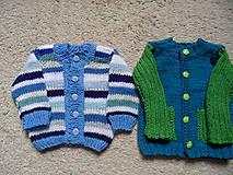 Detské oblečenie - modroprúžkovaný svetrík - 8181697_
