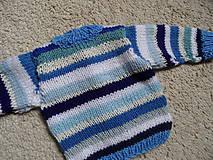 Detské oblečenie - modroprúžkovaný svetrík - 8181700_