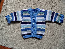Detské oblečenie - modroprúžkovaný svetrík - 8181702_