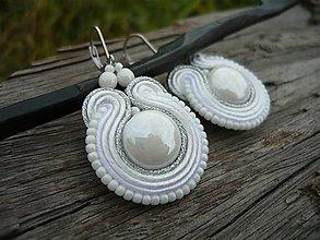 Náušnice - Soutache náušnice Svatební White&Silver - 8183875_