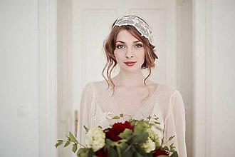 Ozdoby do vlasov - Svadobná čipková čelenka so štrasom - čepiec #261 - 8185254_