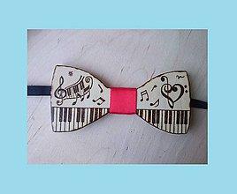 Doplnky - drevený motýlik hudobný - 8183243_