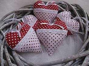 Darčeky pre svadobčanov - Svadobné srdiečká - 8184063_
