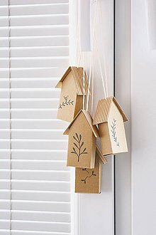 Dekorácie - Závesné hnedé domčeky - 8189114_