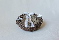 Prstene - Vintage hniezdo na svadobné obrúčky - 8187681_