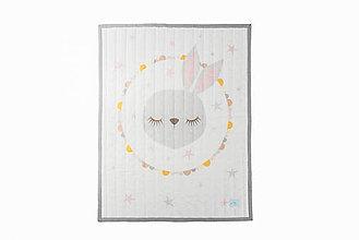 Textil - Prešívaná prikrývka Sleeping Friends - Zajko - 8189623_