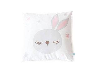 Textil - Poťah na vankúš Sleeping Friends so zajačikom - 8189963_