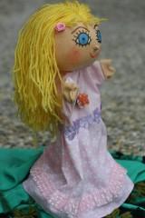 Maňuška. Bábika Princezná Zlatovláska.