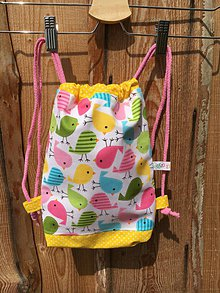 Detské tašky - Vtáčikový batoh na veselé chvíle v prírode - 8187271_