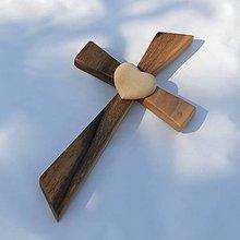Dekorácie - Svadobný kríž so srdcom - 8192869_