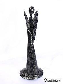 Socha - Kovaná madona s křídly - plastika - 8190625_