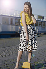 Sukne - Čierno-biela sukňa s bodkami - 8193424_