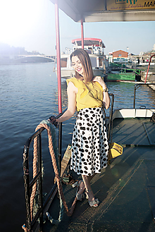 Sukne - Čierno-biela sukňa s bodkami - 8193426_