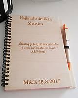 Drevený zápisník s dreveným perom