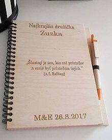 Darčeky pre svadobčanov - Drevený zápisník s dreveným perom - 8196918_