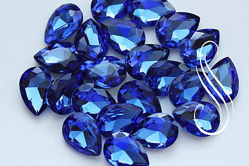 kabošon sklenený saphire drop 10x14/ 1ks