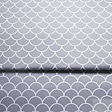 Textil - šedé vlnky; 100 % bavlna, šírka 160 cm, cena za 0,5 m - 8194481_