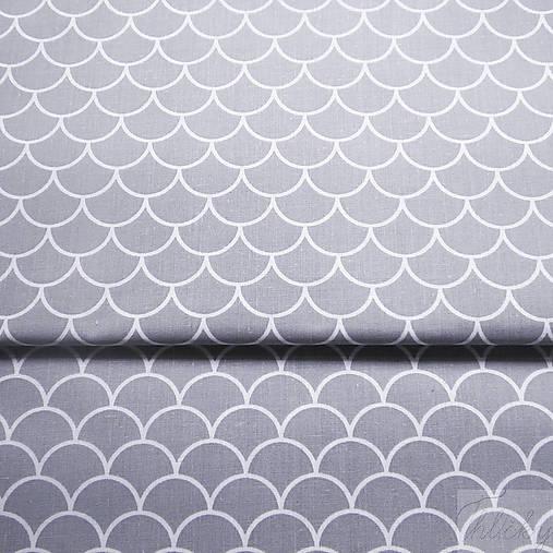 šedé vlnky; 100 % bavlna, šírka 160 cm, cena za 0,5 m
