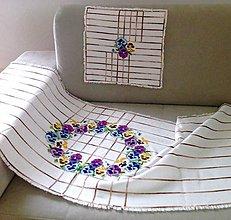 Úžitkový textil - Vyšívaná souprava ubrusů s maceškama - 8197524_