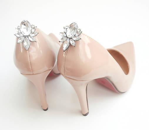 Číre kamienkové štrasové brošne - klipy na topánky   Safron - SAShE ... 0584392c1ae