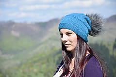 Pletená čiapka s kožušinovým brmbolcom - baby alpaka