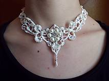 svadobný náhrdelník s perličkami a štrasom