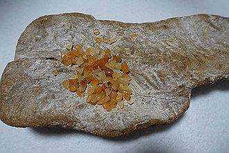 Minerály - Aventurín červený zlomky - 8202029_
