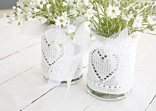 Svadobná vázička biela so srdiečkom