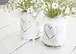 Dekorácie - Svadobná vázička biela so srdiečkom - 8204070_