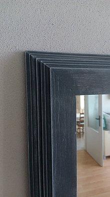 Zrkadlá - Zrkadlo v drevenom ráme - 8204336_