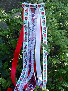 Ozdoby do vlasov - Folklórny hrebienok - červeno biely s čipkou - 8205255_