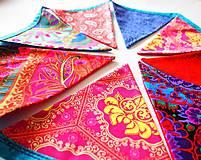 Dekorácie - Girlanda farebná s tyrkysovou šnúrkou - 8207418_